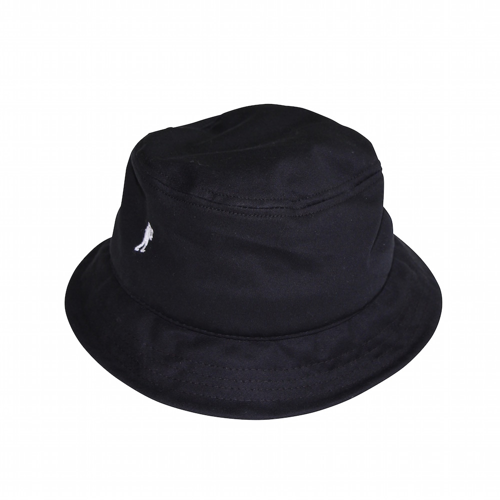 UNIVERSAL PRODUCTS BUCKET HAT